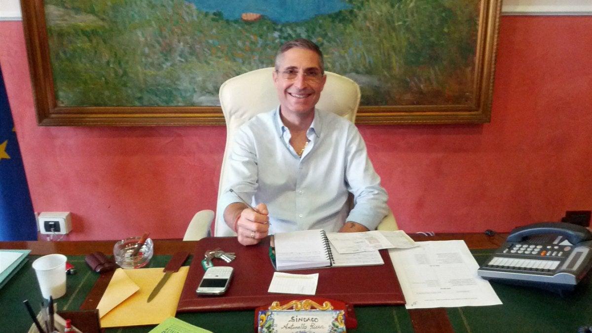 Truffa arrestato sindaco di priolo candidato alle for Priolo arredamenti torino