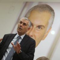 Regionali Sicilia, Micari guarda i sondaggi ed è già alla resa dei conti