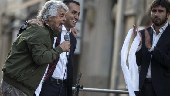 Regionali, Grillo sbarca a Catania tra incontri riservati con imprenditori e passeggiate pubbliche