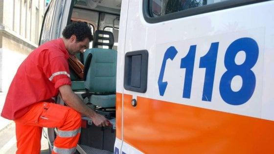 Viale Croce Rossa, travolto sulle strisce pedonali: anziano muore sul colpo