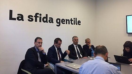 """Regionali Sicilia, la risposta di Rosato dopo l'attacco del grillino Parisi: """"Cancelleri dica che non lo nominerà, basta violenza"""""""