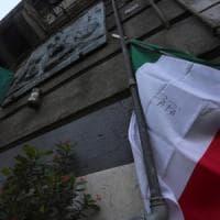 Palermo: rubato il tricolore da lapide di Dalla Chiesa. I carabinieri portano un'altra bandiera