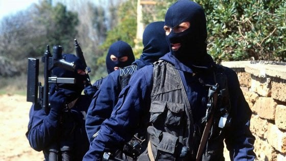 Catania: blitz dei Ros contro il clan Santapaola-Ercolano, 24 arresti