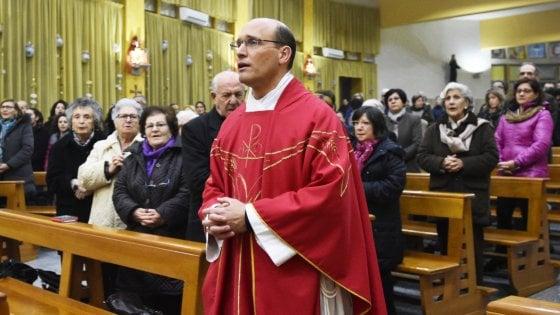 Palermo: picchiarono e rapinarono parroco delle Zen, arrestato secondo rapinatore
