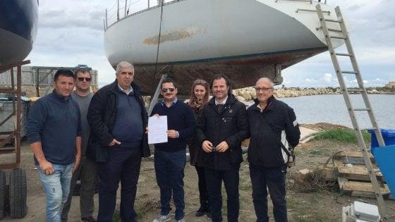 Migranti, Pachino: la barca degli scafisti ora forma giovani velisti