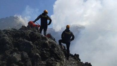 Guida del'Etna senza licenza  denunciata dalla procura