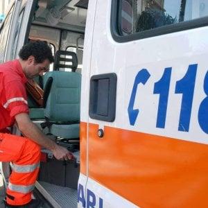Palermo, incendio in un appartamento di via Volturno, ustioni a un braccio per un'anziana