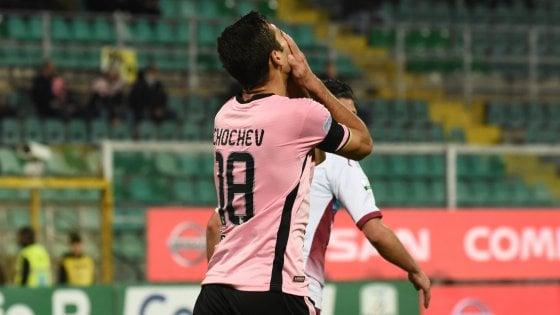 Il Palermo verso la sfida con il Venezia, accertamenti per Chochev