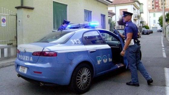 Rapinatori in trasferta picchiano anziana: arresti a Catania