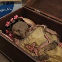 Palermo, il giallo del cimitero, trovata una bimba mummificata
