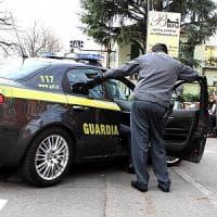 Agrigento, il notaio truffava i clienti: sequestro da 1,8 milioni di euro