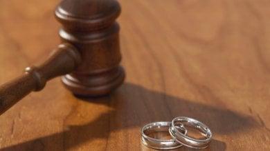 Stalking dell'ex moglie al marito: processo a Catania