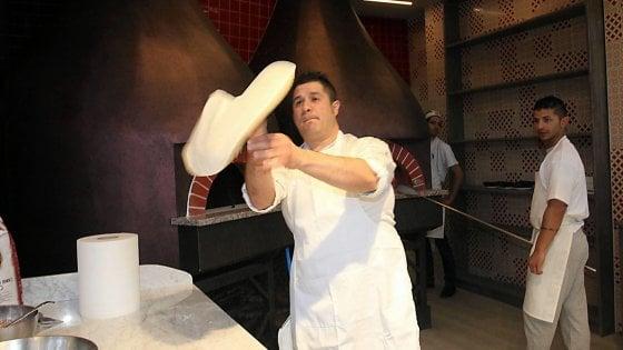 """""""Pizzaiolo"""" è una professione: c'è il riconoscimento in Sicilia"""