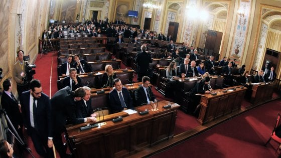 Ars, l'offerta della maggioranza: al Pd la presidenza di una commissione