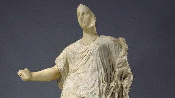 Venere di Morgantina a Roma? Scontro fra Sgarbi e il M5S