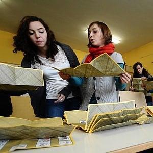 """In Sicilia Pd, Fi e M5S si spaccano sui candidati esterni: """"No a nomi imposti dall'alto"""""""