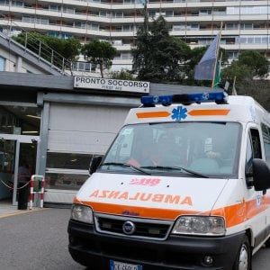 Messina, aggredisce la madre e poi i medici: arrestato