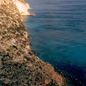 Lampedusa, avaria al traghetto per Linosa