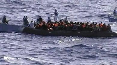 """Tornano gli sbarchi a Lampedusa, il sindaco """"Il governo ci ha dimenticati"""""""