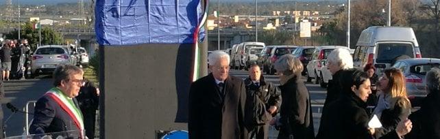 Il presidente Mattarella in visita a Catania bagno di folla agli orti urbani di Librino