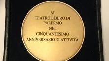 La medaglia di Mattarella    per i 50 anni  del Teatro Libero