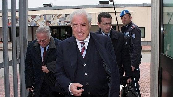 Dell'Utri: i giudici di Palermo sollevano conflitto di competenza su richiesta scarcerazione