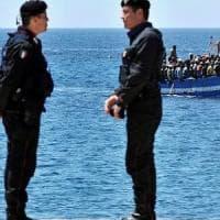 Lampedusa: rissa all'hotspot, carabiniere ferito. Il sindaco: