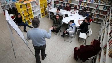 """I ragazzi dello Zen """"a lezione"""" di giornalismo al via l'iniziativa  foto  -   video"""