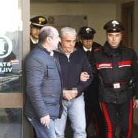 Il blitz di Agrigento: gli arrestati escono dalla caserma