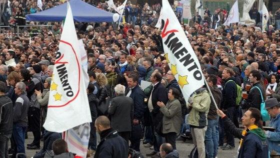 """Firme false M5S, il processo di Palermo entra nel vivo: """"Oltre mille sottoscrizioni contraffatte"""""""