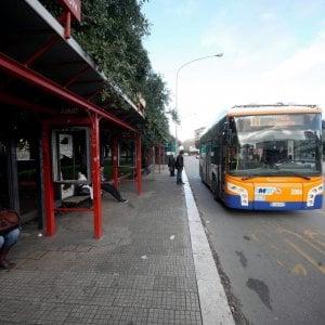 Palermo, arrivano le ronde neo-fasciste: militanti di Forza Nuova a bordo dei bus