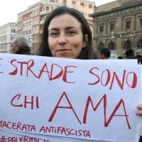 """Palermo, """"le strade sono di chi ama"""": sfila il popolo antifascista"""