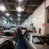 Sul traghetto da Tunisi col clandestino nascosto in auto. Donna fermata e condannata a Palermo