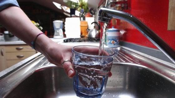 Palermo, emergenza idrica: l'Amap frena sui turni, ma lancia una campagna pubblicitaria
