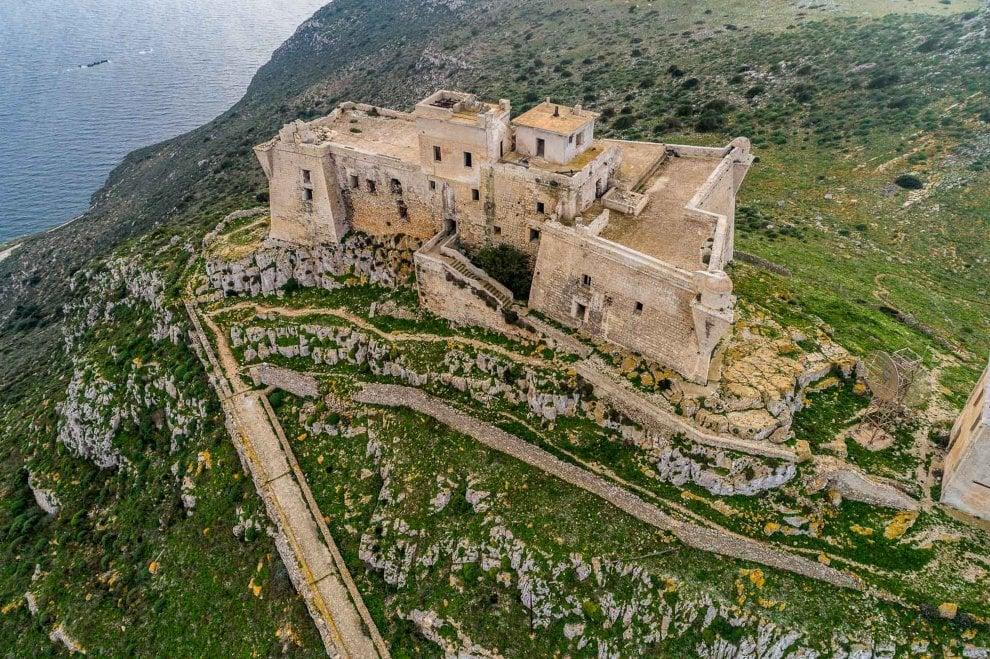 Favignana, la fortezza diventa un museo a cielo aperto