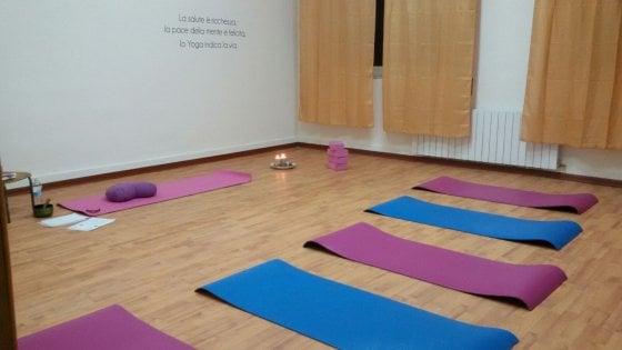 Ispica: docente rinuncia al bonus, i soldi per realizzare un'aula di yoga