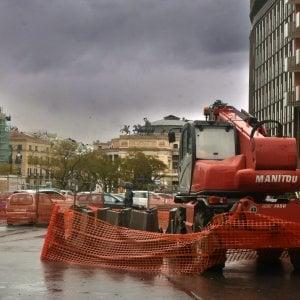 Palermo, cantiere in piazza Castelnuovo: protestano i tassisti