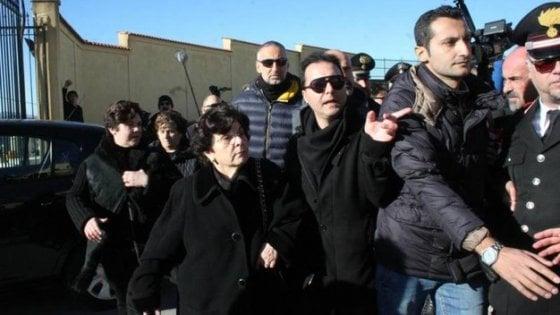 Il Comune di Corleone ai Riina: