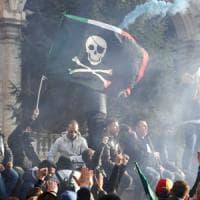 Palermo, il giorno delle piazze contrapposte: spiegamento di forze per evitare