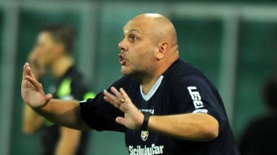 Il Palermo non sa più vincere: a Vercelli solo un pareggio