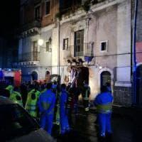 Catania, esplosione in via Garibaldi: ci sono tre vittime, due sono vigili