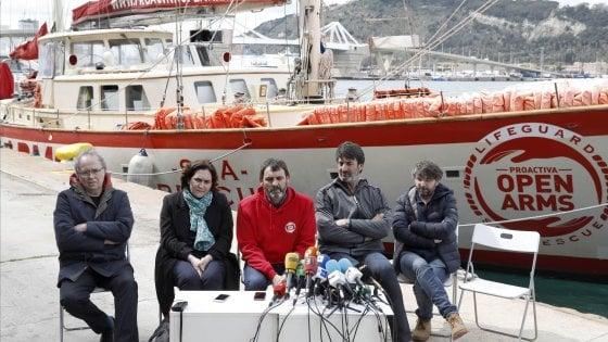 """""""No al reato di solidarietà"""": sit-in a Pozzallo e a Roma"""