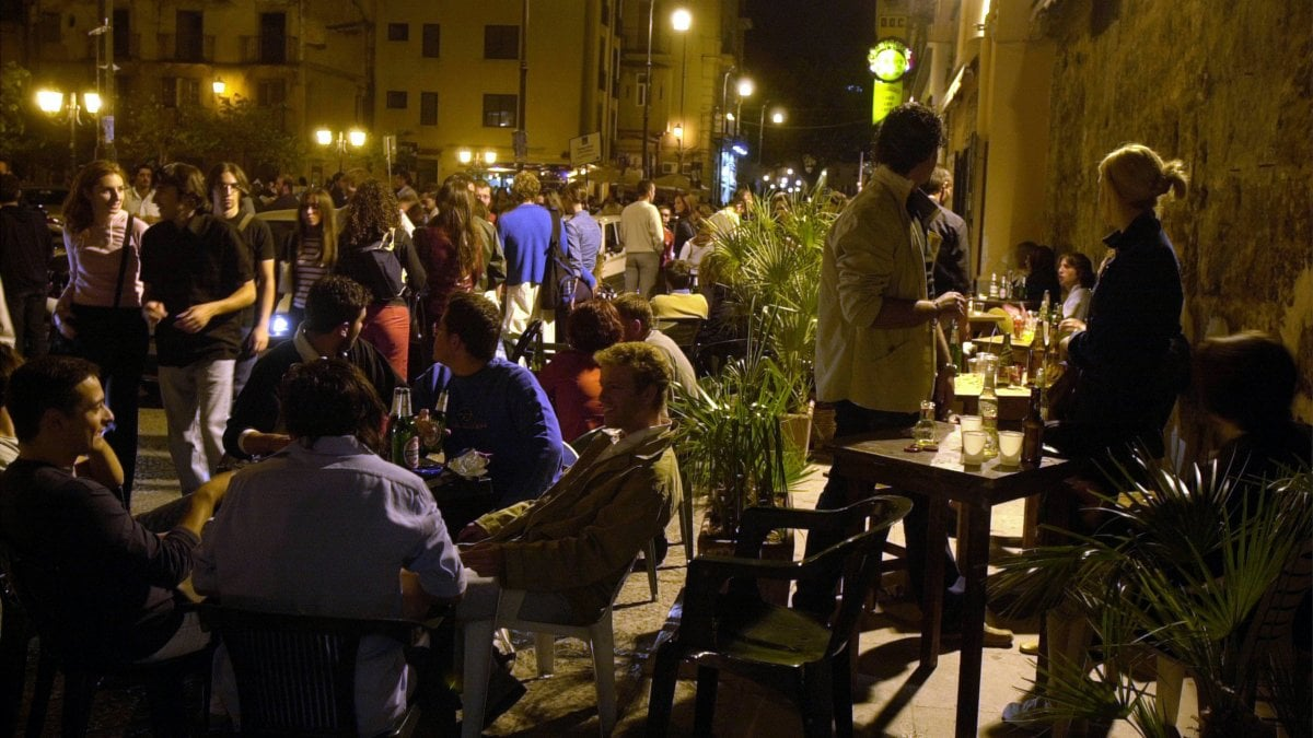 Palermo giro di vite sulla movida selvaggia quattro for Quattro ristoranti genova
