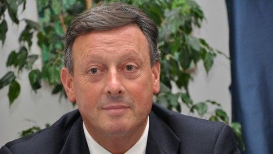 """""""Posti di lavoro in cambio di voti"""". Ai domiciliari l'ex deputato Salvino Caputo"""