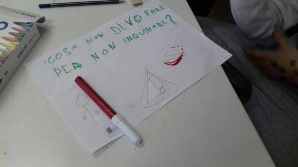Palermo, volontari a scuola per spiegare la differenziata ai bambini