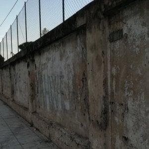 """Palermo, petizione su internet: """"Abbattiamo il muro del parco Uditore"""""""