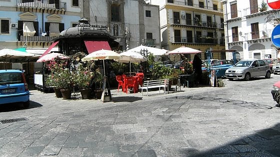 Palermo, nuova isola pedonale in piazza Beati Paoli
