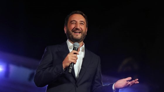 """Polemica impresentabili, Cancelleri: """"Mafia controlla voto e ha determinato vittoria Musumeci"""""""