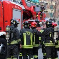 Ficarazzi, incendiato il furgone di un'azienda di arredamenti