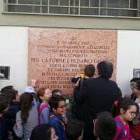 Palermo, gli studenti ripuliscono la lapide di La Torre